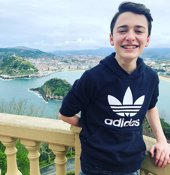 Noah Schnapp phone number, email address, house address